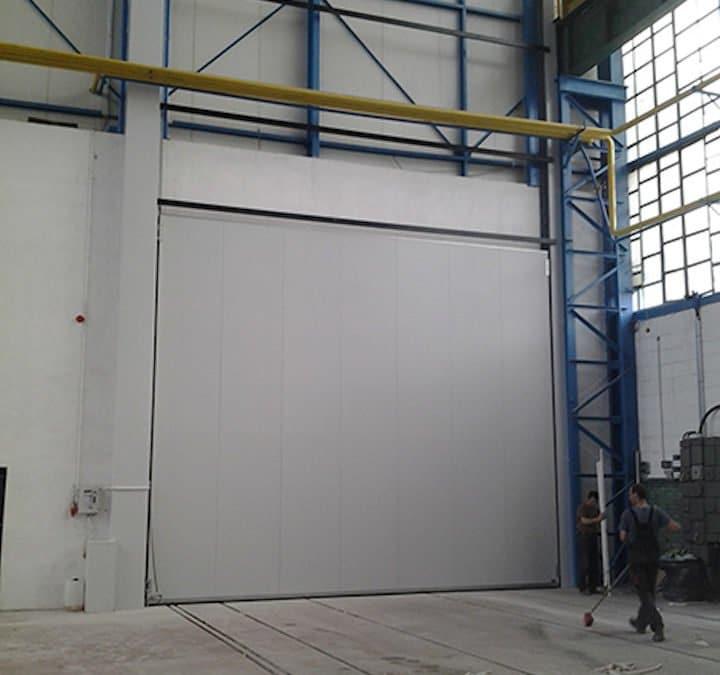 Installation of a vertical sliding door in Ostrowiec